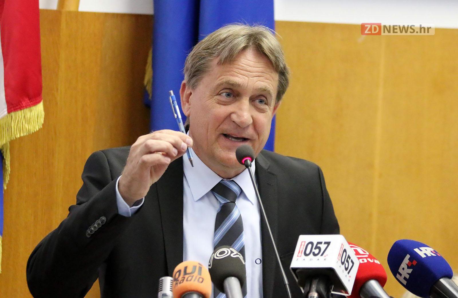 Photo of VIDEO – KALMETA: Ako Sud potvrdi optužnicu, dajem ostavku na sve funkcije u HDZ-u, ali ostajem gradonačelnik
