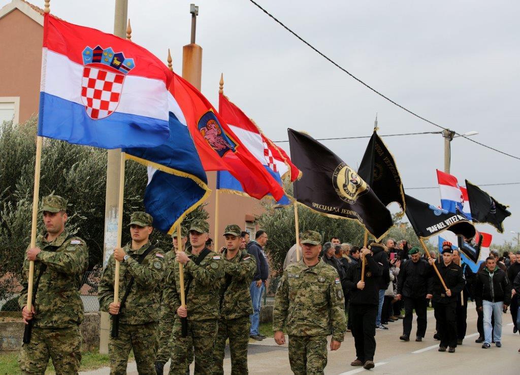 Photo of Škabrnja se prisjeća srpskog agresora koji je na čelu s Ratkom Mladićem počinio zvjerske zločine
