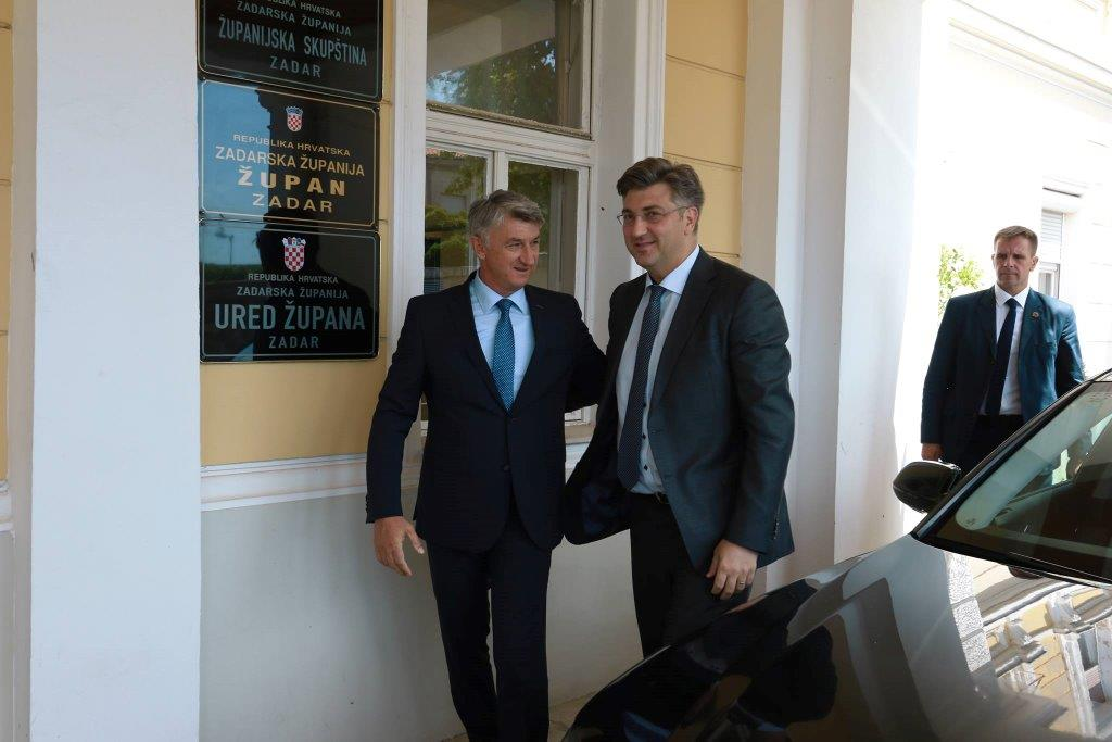 """Photo of Unatoč brojnim aferama, """"Torbar"""" Božidar Longin želi još jedan mandat na mjestu župana"""