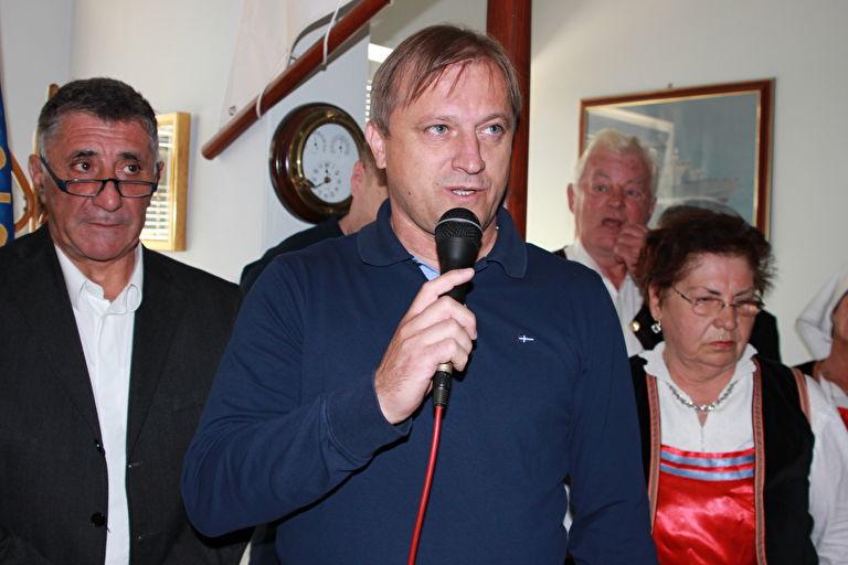 Photo of Branko Dukić kontra Andreja Plenkovića: Potpisao je peticiju protiv Istanbulske konvencije