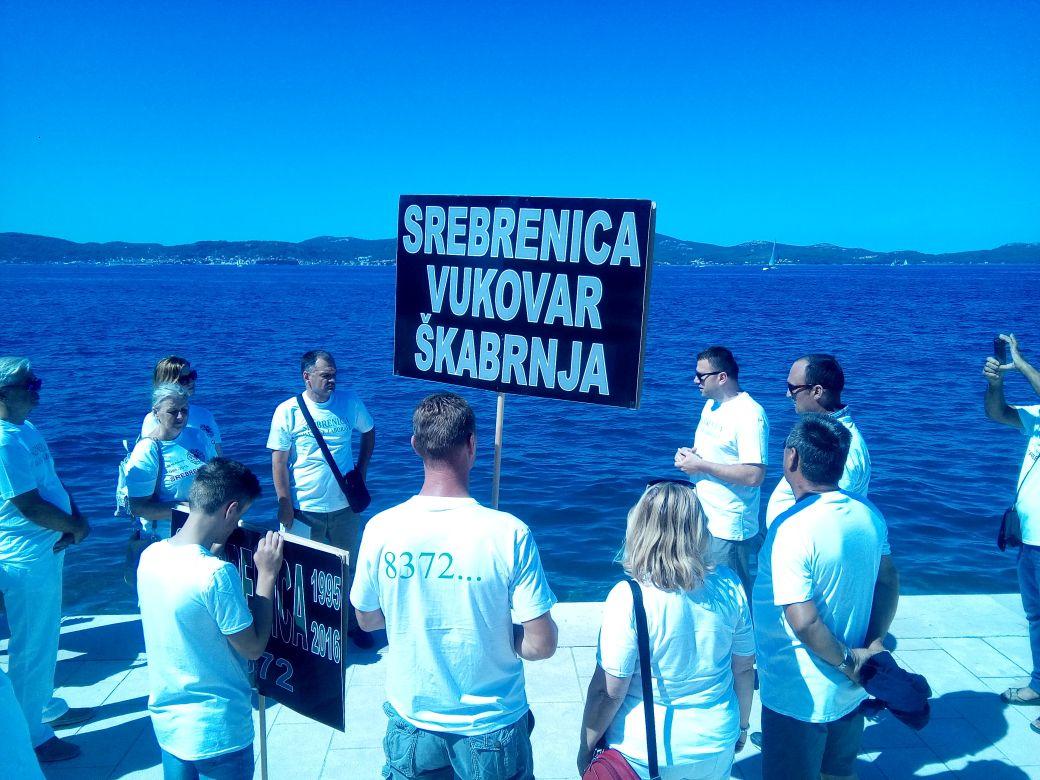 Photo of GALERIJA – Bošnjaci obilježili 23 godine od pokolja u Srebrenici