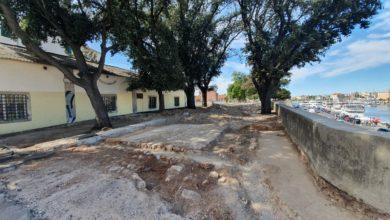 Photo of FOTOGALERIJA – Ispod asfalta na Muraju pronađena stara 'poštanska cesta', hoće li arheolozi usporiti projekt?