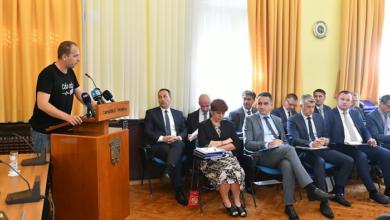 """Photo of Rubeša optužuje HDZ-ovce da štite dilere, Lončar mu odgovorio: """"Vama policija nikad nije bila u kući radi droge"""""""