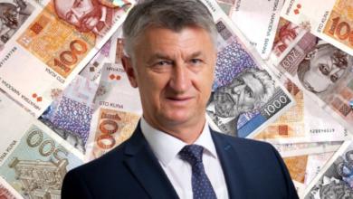 Photo of RASIPNIŠTVO: Kako bi ga hvalili, Božidar Longin u dvije godine Zadarskom listu dao je preko 350,000.00 proračunskih kuna
